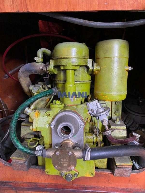 velero Eitin - motor Farymann 7.5 hp @mianibarcos